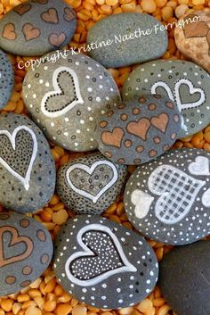 Gemalte Herzen Felsen # 7 Painted Hearts Rock 7 by KristineFerrigno on Etsy Related posts:Super Easy to crochet heartsLove music, thank you for liberating my head, improving my mood and healing my hearta picture. Pebble Painting, Pebble Art, Stone Painting, Stone Crafts, Rock Crafts, Arts And Crafts, Diy Crafts, Homemade Crafts, Art Rupestre