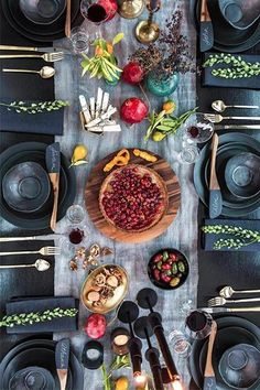 Gorgeous Tablescape, really want to try this in the summer #tablescapes