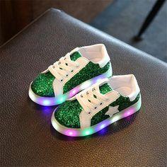 HEART SPEAKER LED Light up Shoes Soft Sole Anti-Slip Flashing Sneakers for Kids Boys Girls size 21 Pink