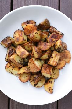 If you're trying to find the balance between a fluffy inside and crisp outside for roasted potatoes, look no further!