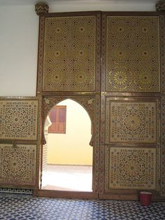 Entrance to Mulay Ali Sharif mosque, Rissani, Morocco