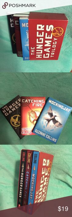 The hunger games trilogy:catching fire,mockingjay The hunger games trilogy: the hunger games, catching fire, mockingjay Brand new Other
