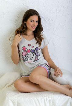 "Pijama juvenil con dibujo frontal ""ratoncitos amorosos #mujer #homewear Pajamas Women, Pj, T Shirt, How To Wear, Sleep, Woman, Fashion, Dresses, Feminine Fashion"