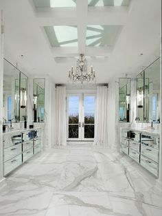 100 Must See Luxury Bathroom Ideas Luxury marble bathroom decorwhite carrara marble bathroom ideasmarblebathrooms bathroomdecor bathroomideas Bad Inspiration, Bathroom Inspiration, Bathroom Ideas, Bathroom Organization, Bathroom Goals, Bathroom Designs, Organization Ideas, Budget Bathroom, Carrara Marble Bathroom