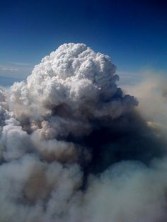 Pyrocumulus Cloud. Station Fire August 2009 California: Gayle Jones.