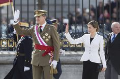 zimbio:  Pascua Militar (Military Parade), Royal Palace, Madrid, January 6, 2016-King Felipe and Queen Letizia