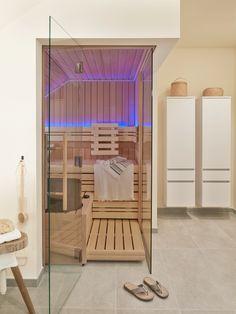 Sauna designs zu hause  Zu Hause bei Claudia Horstmann am Tegernsee | Saunas, Interiors ...