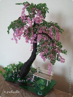 Дерево из бисера - Бисероплетение