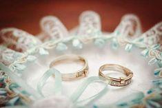 Подушки для колец на свадьбу: фото подушечек для колец - Невеста.info Ring Pillows, Wedding Rings, Engagement Rings, Jewelry, Enagement Rings, Jewlery, Bijoux, Ring Pillow, Commitment Rings