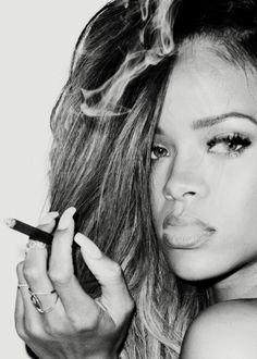 Love Rihanna!!