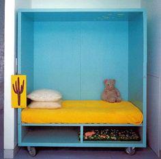 DIY Bed- perfect for a kids' room! Trendy Kids, Modern Kids, Cool Beds For Kids, Diy Bed, Kid Spaces, Home Interior, Interior Decorating, Interior Design, Kids Furniture
