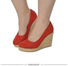 Espadrille plataforma na cor carmim #espadrille #calçados #sapato #shoes #sotd #shop #moda #look #looknowlook