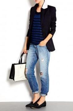 Calça rasgada + blazer + blusa listrada + sliper