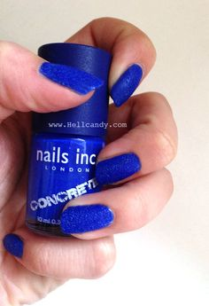 nails-inc-concrete-blue-stonehenge-swatch