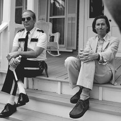 Bruce Willis and Wes Anderson behind the scenes of Moonrise Kingdom (2012)