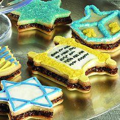 Hanukkah Sandwich Cookie recipe! www.worldjewishheritage.org jewish