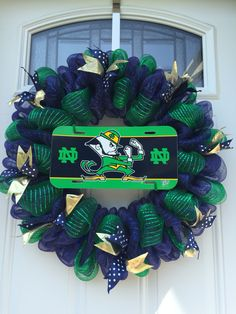 [DIY and crafts]Notre Dame Cathedral craft Football Crafts, Football Wreath, Football Decor, Football Football, Football Quotes, Bug Crafts, Diy And Crafts, Holiday Wreaths, Holiday Crafts