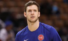 Jon Leuer to miss several weeks = Detroit Pistons head coach Stan Van Gundy says that big man Jon Leuer will receive injections in his sprained ankle and will return to the court in.....
