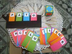 Boa tarde gente, hoje trouxe dois modelos de jogos para alfabetizar. Gostei muito, o primeiro jogo é com cartela de pregas individuais, fic...