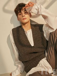 ASTRO`s Eunwoo Picks the Scene in [Gangnam Beauty] That Made Him Feel a Sense of Upgrade as an Actor in a Recent Pictorial as the Ideal Autumn Sweetheart Asian Actors, Korean Actors, Park Jin Woo, Cha Eunwoo Astro, Lee Dong Min, Lee Soo, Sanha, Kdrama Actors, Poses