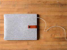 iPad Pro Ärmel  grau Wollfilz mit braun Leder für 97 iPad