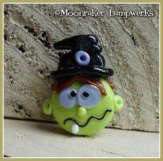Verrückte Hexe Halloween Lampwork Bead von moonrakerbeads auf Etsy, $11.00