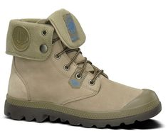 Might be waterproof!!! Get as rainboot! There is also a version that is 100% waterproof but it might not have this color: Baggy Lite Leather Gusset