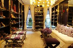 It's a shoe closet....with windows...and a cute view.....I want this!!!