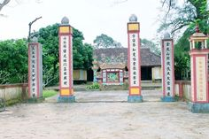 Thuy bieu village tour (Things to do in Hanoi http://hivietnam.vn/da-nang/ http://hivietnam.vn/ho-chi-minh-mausoleum-opening-hours/ http://hivietnam.vn/temple-of-literature-hanoi/
