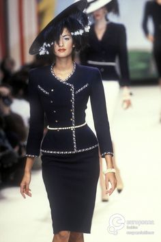 Yasmeen Ghauri - CHANEL, Spring-Summer 1995, Couture                                                                                                                                                      More