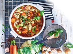 Schlanksuppe mit Putenfleisch und viel Gemüse