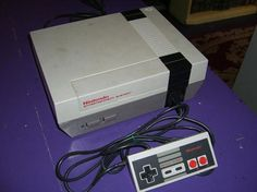 Vintage Nintendo NES Video Game Console System No Power Cord FREE SHIPPING $35.00