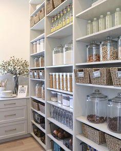 Kitchen Pantry Design, Kitchen Pantry Cabinets, Smart Kitchen, Kitchen Interior, Pantry Storage, Pantry Organization, Pantry Ideas, Kitchen Storage, Food Storage
