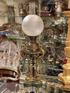 """Lampe 19ème, Antiquités Durand, Proantic """"Lampe 19ème"""" Très belle lampe 19 ème siècle en bronze doré et marbre"""