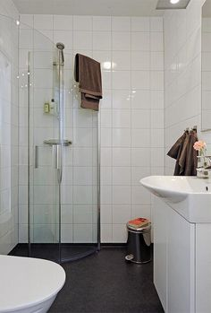 designing small bathrooms - Google Search