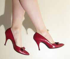 Vintage 1950s Red High Heel Pumps / 50s Red Leather Party Shoes / 8 by BasyaBerkman on Etsy