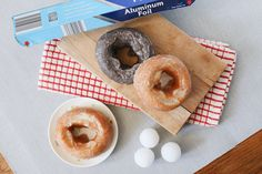 How to Convert a Muffin Pan Into a Doughnut Pan | LEAFtv