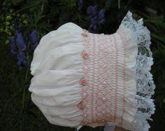 Capo de Smocked bebé... Sombrero de... por SweetThreadsofTime