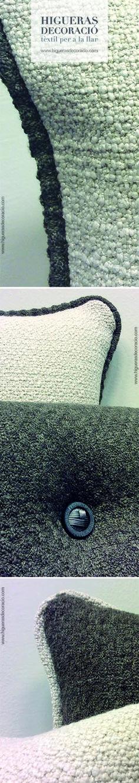 #Cojines de lino tapicero con vivos combinados y botones. #Cojín cuadrado... Combina sus formas y sus colores. #Coixins de lli tapisser amb vius combinats i botons. # Coixí quadrat ... Combina les seves formes i els seus colors.  www.higuerasdecoracio.com