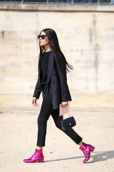 80 French Style Lessons To Learn Now #refinery29  http://www.refinery29.com/2014/10/75565/paris-street-style-photos-fashion-week-2014#slide70  Don't: Stop your feet from having all the fun.