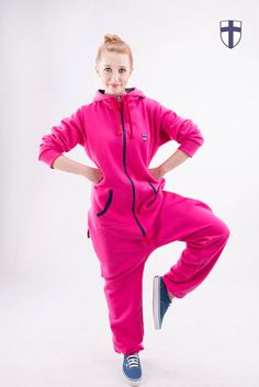 Pink jumpsuit from senscity.me