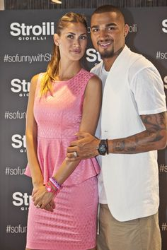 Melissa Satta e Kevin Prince Boateng #sofunnywithstroili #stroiliflagshipstoremilan