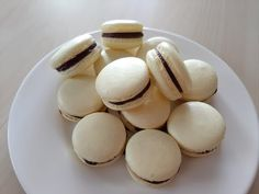 La Receta perfecta de Macarons - YouTube Macaroons, Macaroon Cookies, Fondant, Vegetables, Breakfast, Desserts, Youtube, Food, Gourmet