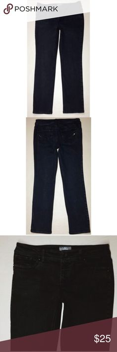 Chico's so slimming black jeans Size 0.5 short. 81% cotton, 11% rayon, 6% poly, 2% spandex. Chico's Jeans