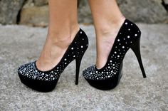 "Check out Patricia Varela's ""Glitter Shoes"" decalz @Lockerz http://lockerz.com/d/19088792?ref=20183352"