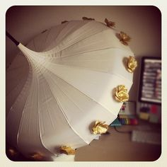 Beautiful Edwardian umbrella in ivory and gold, as created by Love Umbrellas    http://www.loveumbrellas.co.uk/