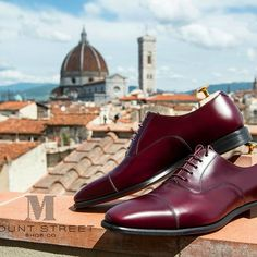 """One of my personal favourites, polished burgundy french box calf leather made to order """"Maddox"""" Oxford dress shoe. We make bespoke quality shoes made to order. www.mountstreetshoecompany.com #tbt #Pittiuomo #pitti #pitti91 #pittidanceoff #sprezzatura #men"""