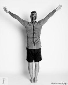 Egyperces jógagyakorlat befagyott váll ellen 1. Sporty, Style, Fashion, Swag, Moda, Fashion Styles, Fashion Illustrations, Outfits