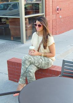 camouflage, fall outfit, pink