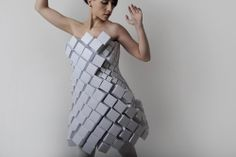 """The geometric style of this clothing is the work of designer Amila Hrustic. For this series entitled """"Plato's Collection,"""" the designer had fabrics and paper get in sync, and were crafted the same by hand. Paper Fashion, Origami Fashion, Fashion Art, Editorial Fashion, Fashion Design, White Fashion, Moda Origami, Geometric Fashion, Geometric Dress"""